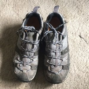 Merrell Vibram Gore-Tex hiking shoes SZ8